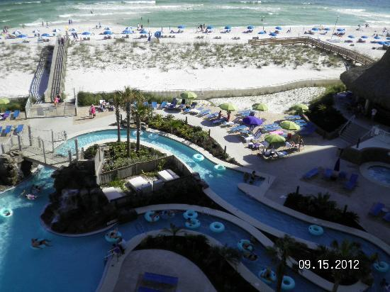 Holiday Inn Resort Pensacola Beach: View from 517