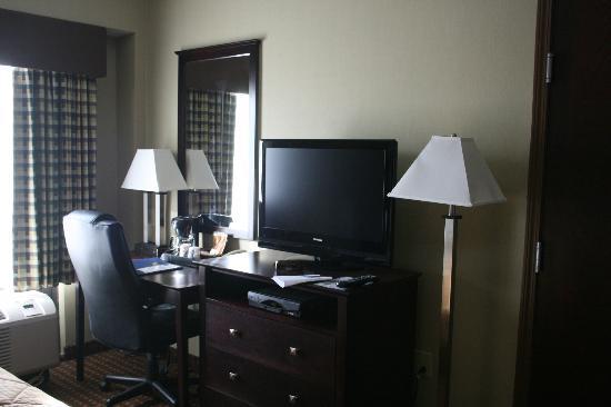Comfort Inn Rochester Monroe Avenue: With desk!!