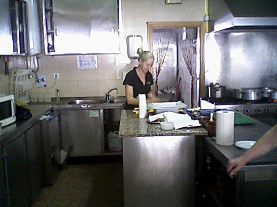 Restaurante Carlos: The open kitchen