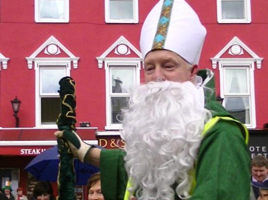 Larkinley Lodge: St. Patrick in Killarney 2012