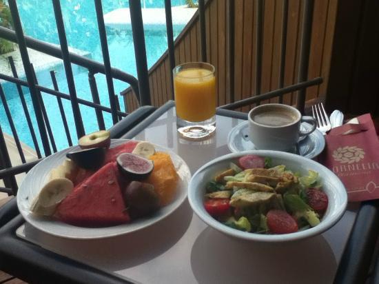 Cornelia Diamond Golf Resort & Spa: Room Service on the balcony