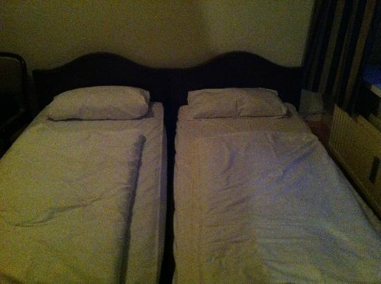 Basic-Hotel Ostseehalle: Doppelzimmer