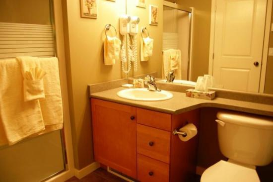 Trappers Crossing - Premium Unit - Bathroom