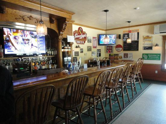 Twisted Restaurant Bar Sheboygan Falls Wi