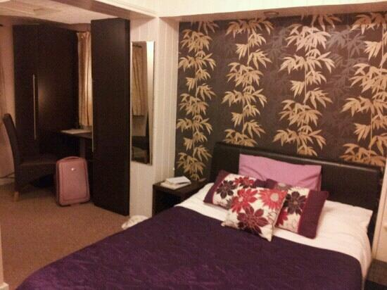 Old School House Bed and Breakfast: ?35 a night including breakfast. Brilliant value!