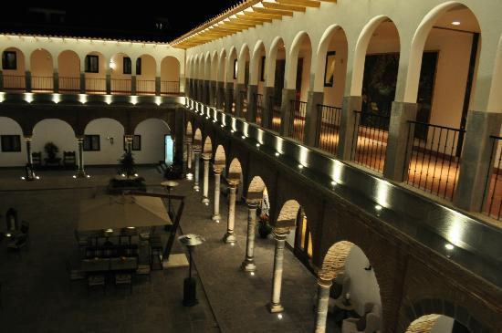JW Marriott El Convento Cusco : excelent lights