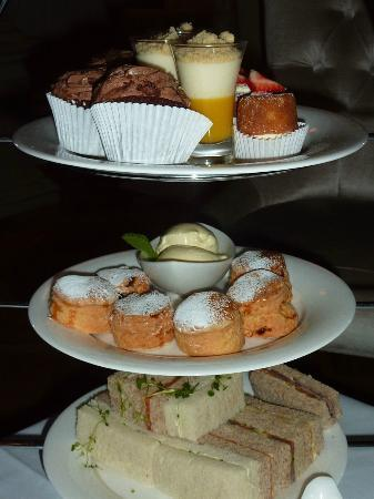No.11 Cadogan Gardens: Close-up of the wonderful afternoon tea selection