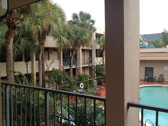 Travelodge Inn & Suites Orlando Airport: my view from my room