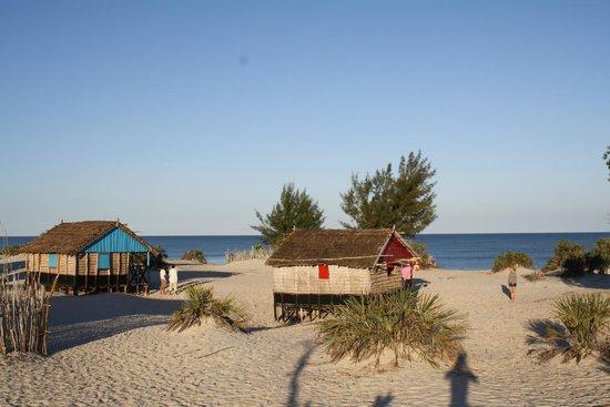 Morondava, Madagaskar: les bungalows à 50m de la plage