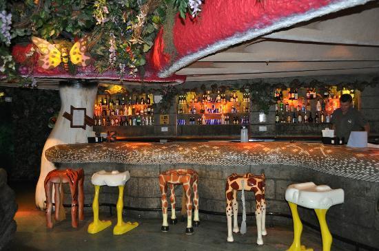 Foto de rainforest cafe londres the bar area tripadvisor for Rainforest londra