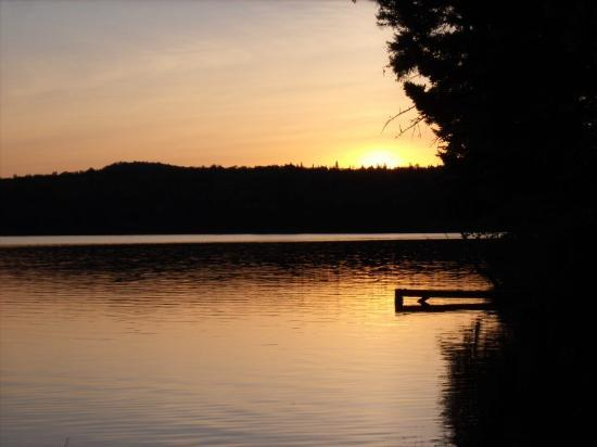 Tall Timber Lodge: sunset on Back Lake-Tall Timber