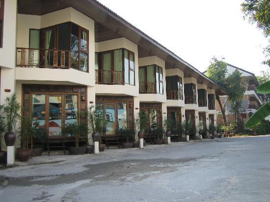 Cha Am Villa Beach Hotel