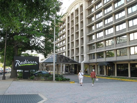 Hilton Garden Inn Reagan National Airport Hotel Outside Of The Radisson In Crystal City