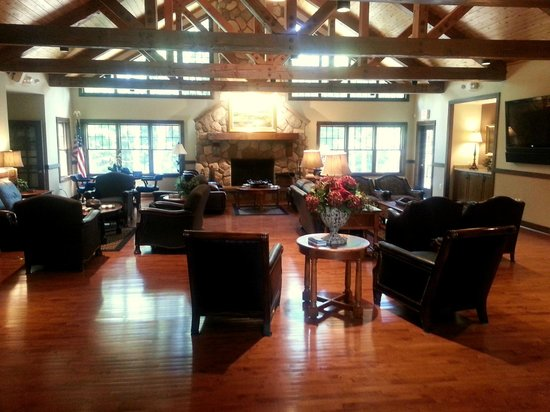 The Rockwell Lake Lodge: The Great Room in the Lodge