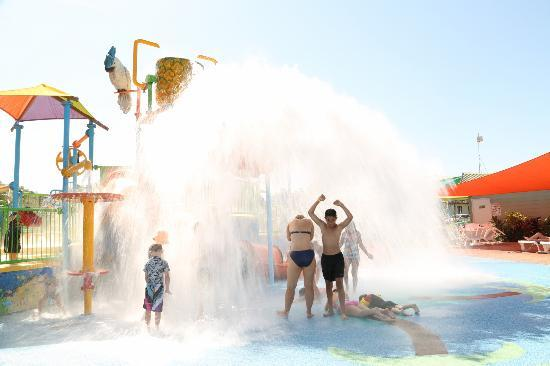 Cairns Coconut Holiday Resort: Splash water park