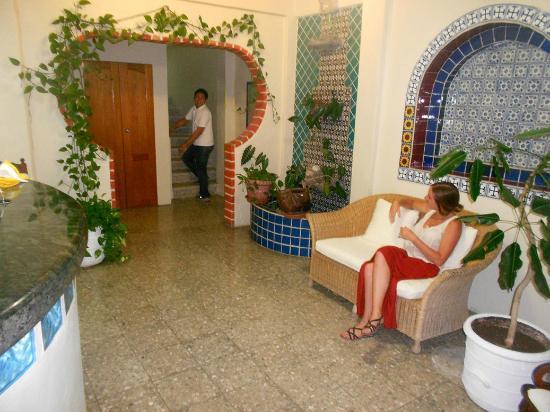 Hotel Delfin: lobby