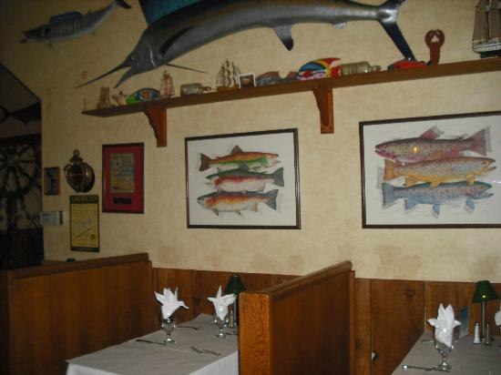 Restaurant decor picture of hyde street seafood house