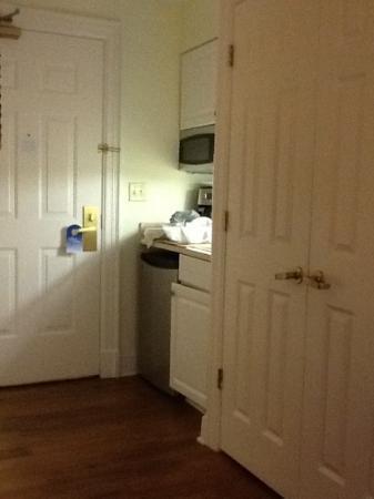 ماريوتس مانور كلوب آت فوردز كولوني: Small kitchenette was nice but the microwave door wouldn't open more than halfway.