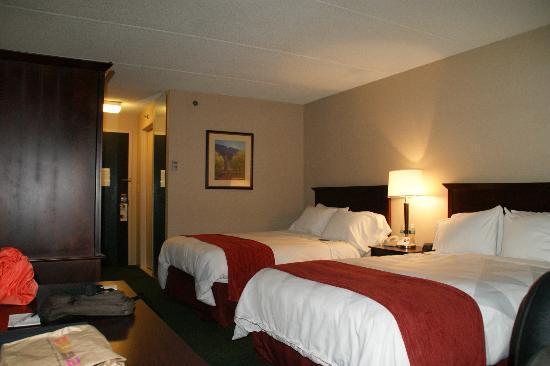 Radisson Hotel Corning: standard room