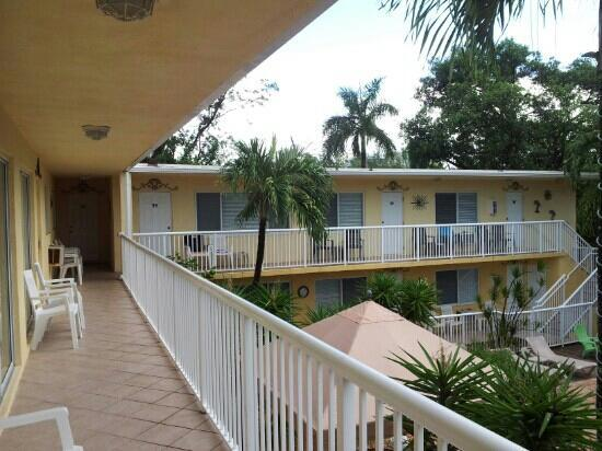 Cocobelle Resort: Gang mit Zimmern