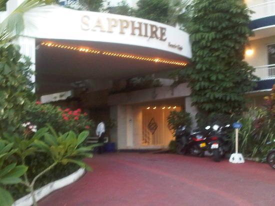 Sapphire Beach Club Resort: La Entrada del hotel