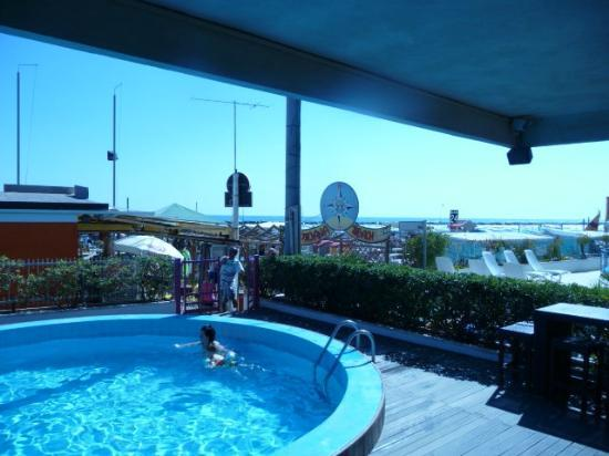 Hotel Ermitage: staff