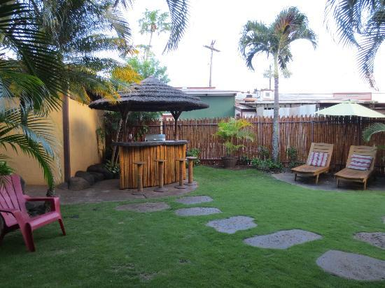 Nalu Kai Lodge: Loved the courtyard area with grill!