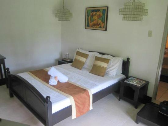 Nurture Wellness Village: Bedroom