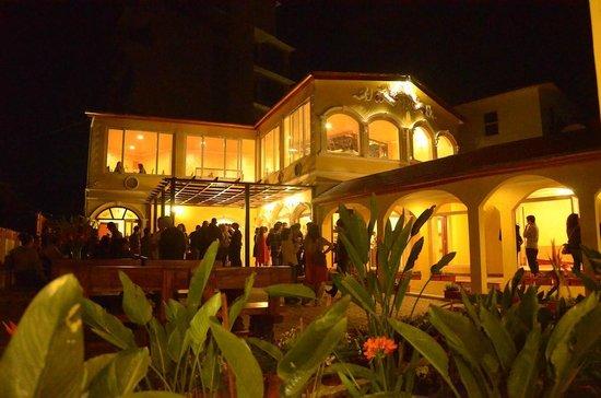 The Vesper House