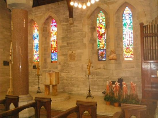 Cathedral of the Most Holy Trinity (Bermuda Cathedral): gorgeous stained glass