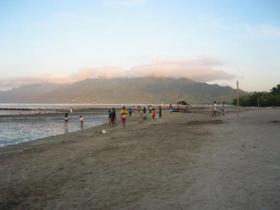 One Laiya Beach Resort: enjoy!!!
