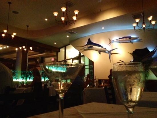 Romantic atmosphere picture of blue moon fish company for Blue moon fish company brunch