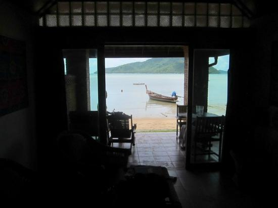 Friendship Beach Resort & Atmanjai Wellness Centre : View from the room