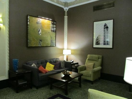 Club Quarters Hotel in Houston: Lobby