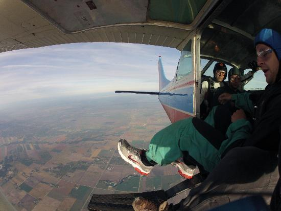 Adventure Skydiving: I changed my mind, what . . . too late
