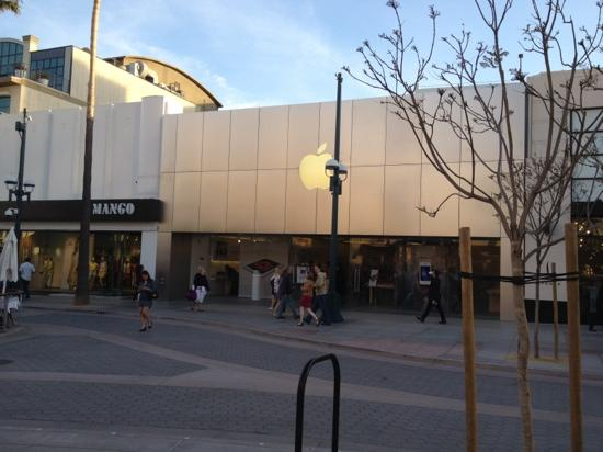 apple third street promenade santa monica • Visit the Apple Store to shop for Mac, iPhone, iPad, Apple Watch, and more. Sign up for Today at Apple programs. 3rd Street Promenade (at Broadway)
