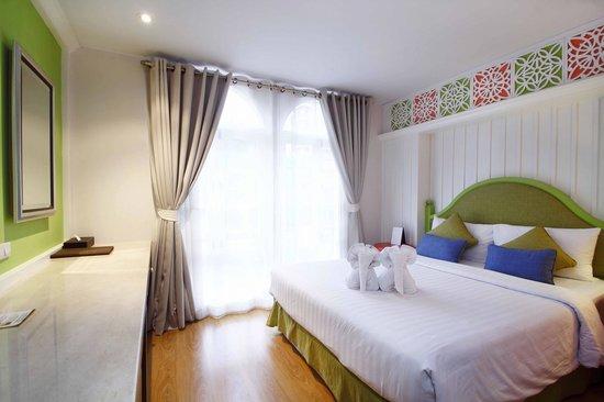 Salil Hotel Sukhumvit Soi 8: Superior room vintage style