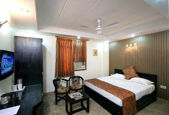 Hotel Jeniffer Inn: Standard Double Room