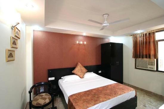 Hotel Jeniffer Inn : Double Room