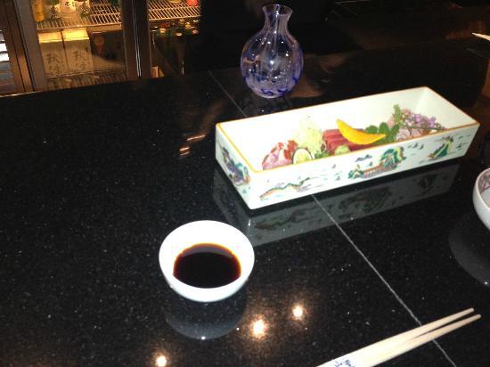 Hotel Okura Macau: Sakezuki Bar sushi dinner