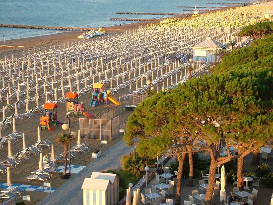 Rivamare Hotel: beach