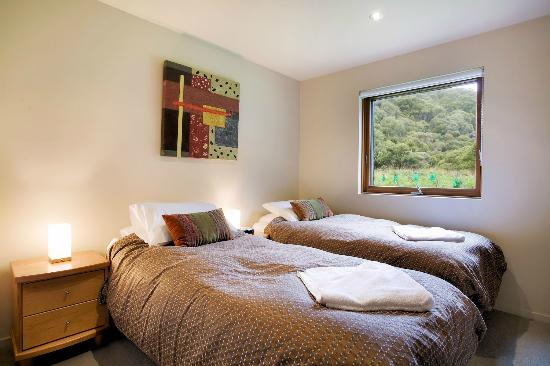 Snow Stream Apartments: 3 Bedroom PLus Loft Bedroom Can be Twin or King