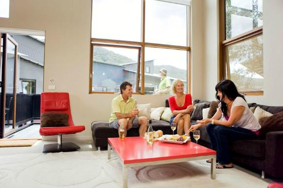 Snow Stream Apartments: Living Room 3 Bedroom plus loft
