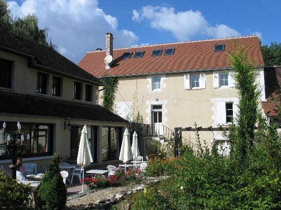 Moulin de la Coudre : patio