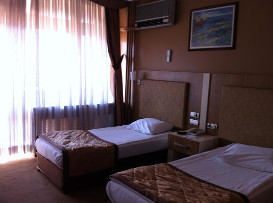 Kaleli Hotel : chambre 2 lits