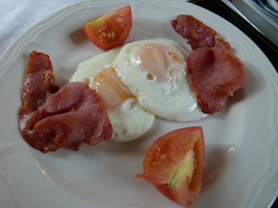 Rossarney Town House: Frühstück