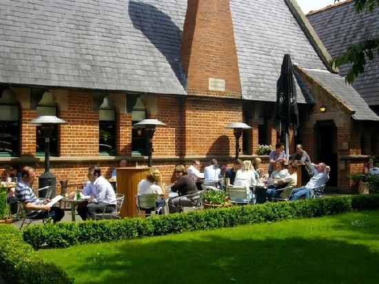 The Restaurant at The Schoolhouse: Beer Garden at The Schoolhouse Hotel