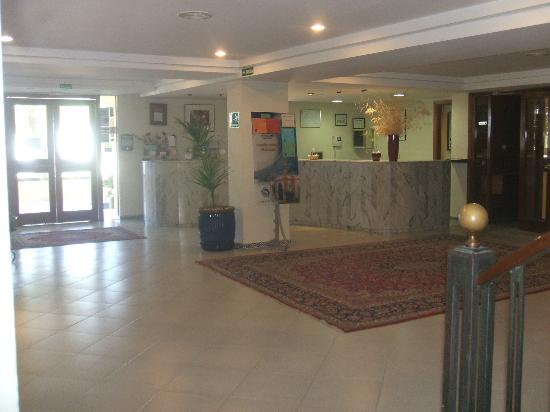 Hotel Escuela Fuentemar: Hall de recepcion