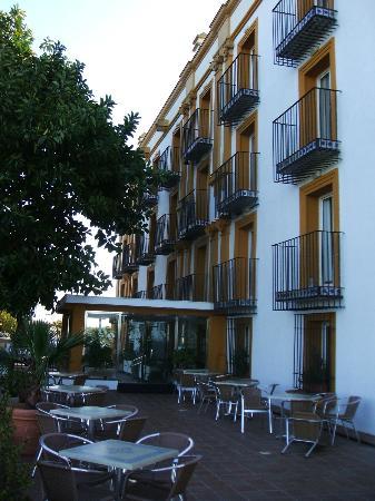 Hotel Escuela Fuentemar: Fachada principal Hotel