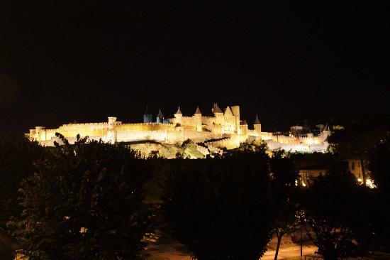 La Posada del Castillo B&B: Carcassonne la nuit 